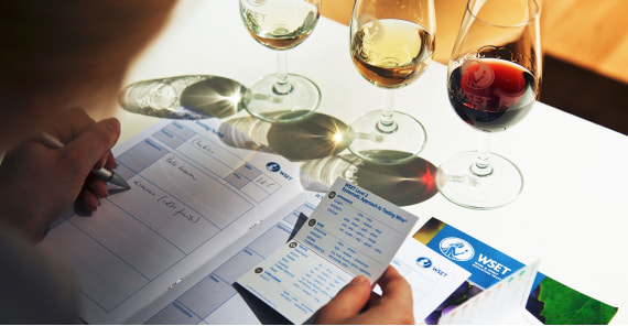 WSET® Level 2 award in wines & spirits